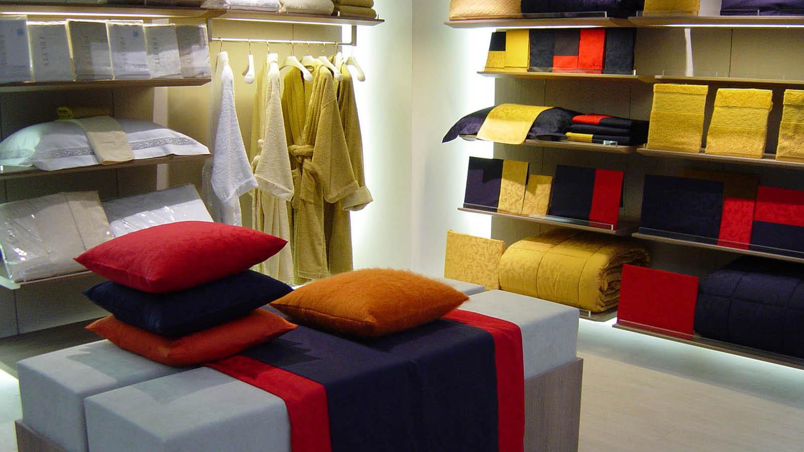 frette-showroom-cuscini