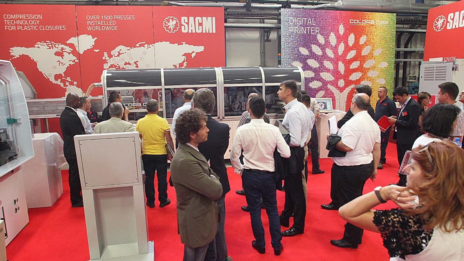 sacmi-plasticday-2015-compression